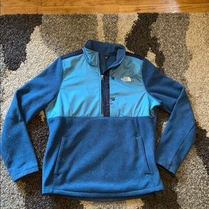 North Face Pullover - Large